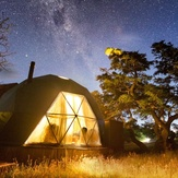 EcoCamp_Patagonia_Suite_Dome_by_night.jpg